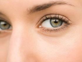 """眼干、眼涩、干眼症怎么办?4个""""补水""""小妙招,让眼睛明亮水润!"""
