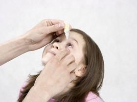 10岁女童因滴眼药水不当,导致患上了青光眼!